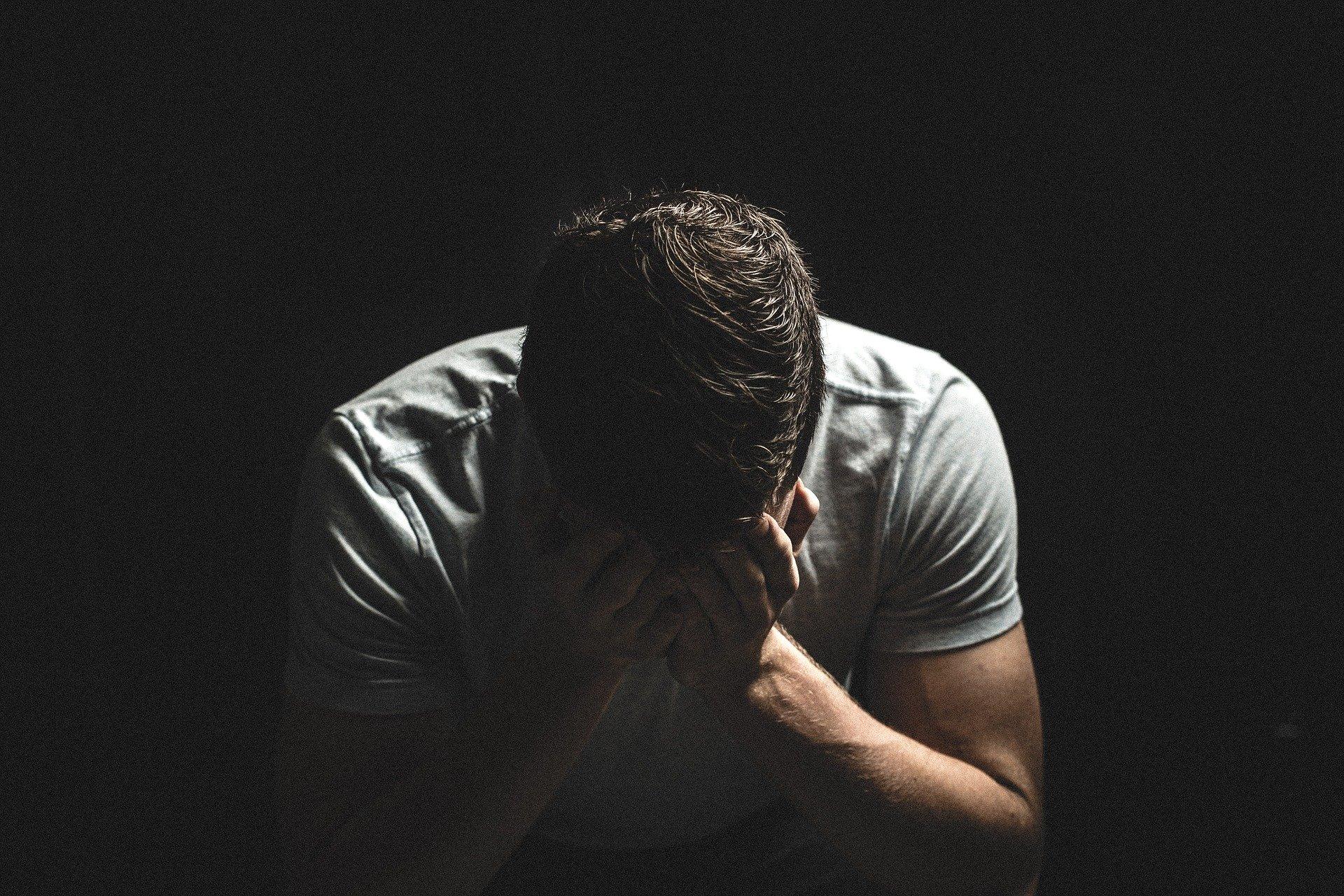 Зошто мажите страдаат од еректилна дисфункција